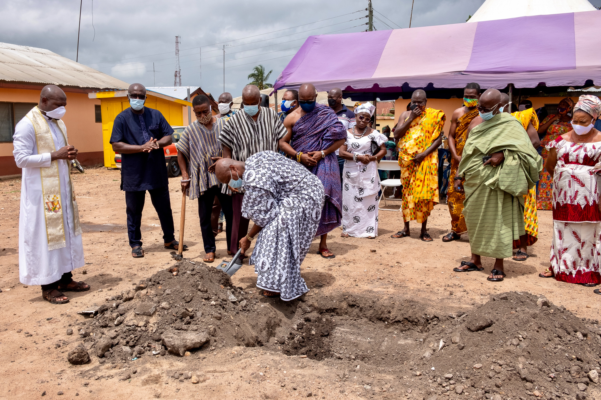Photos - SOD–CUTTING CEREMONY FOR THE CONSTRUCTION OF AN OFFICE COMPLEX IN MEMORY OF THE LATE Fianɔ ROSELIA AKUYO ANYAWO