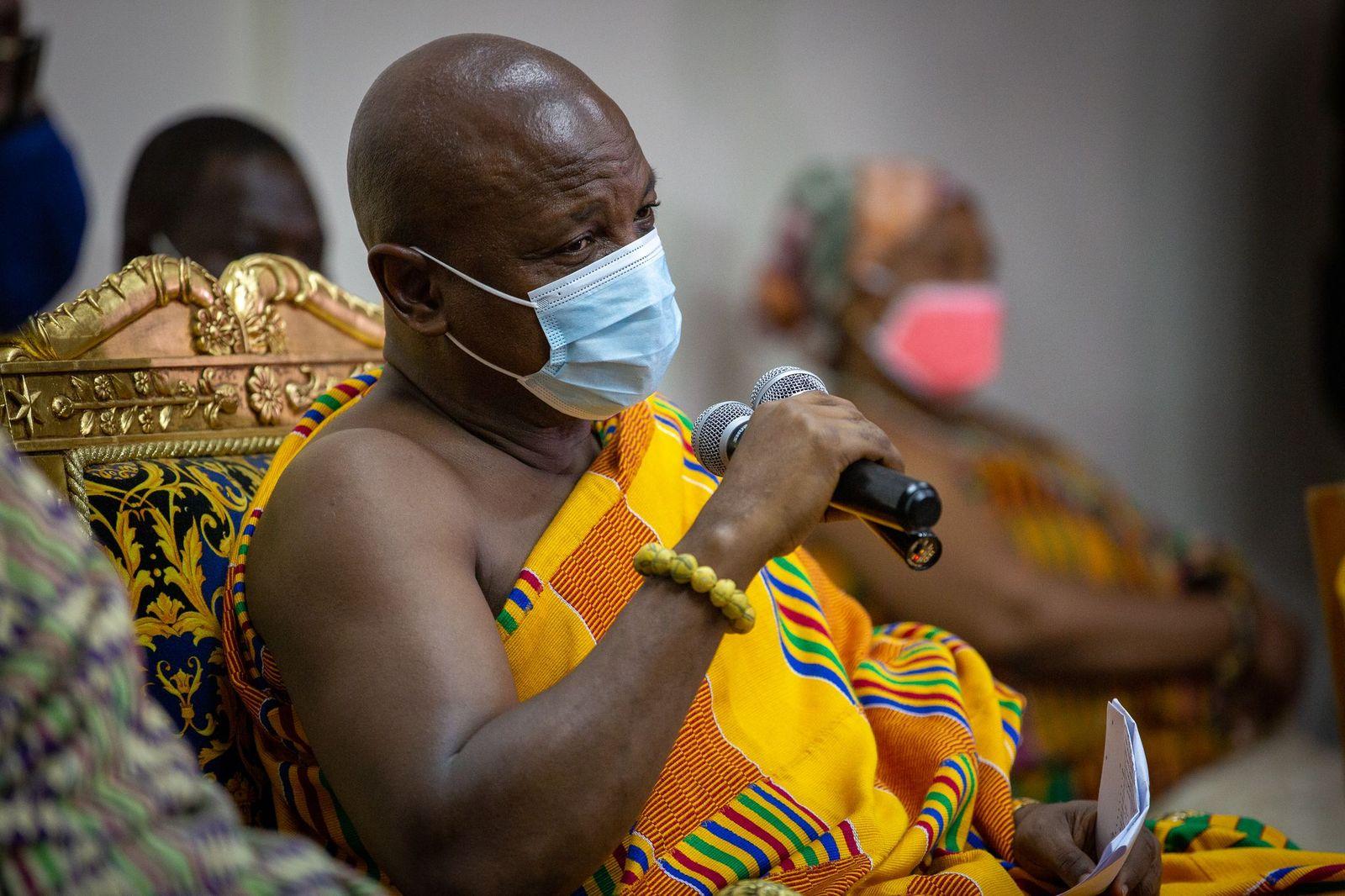 Photos - COURTESY CALL ON AGBOGBOMEFIA TOGBE AFEDE XIV BY BANDA DELEGATION FROM BONO REGION